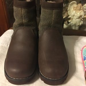 Boys UGG Suede Leather Boots Size 10